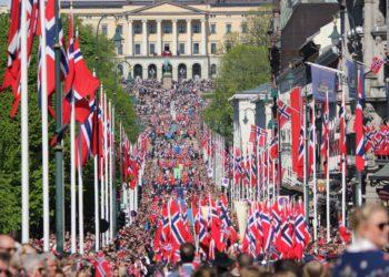 17. mai, Oslo. (Foto: Lykten.no).
