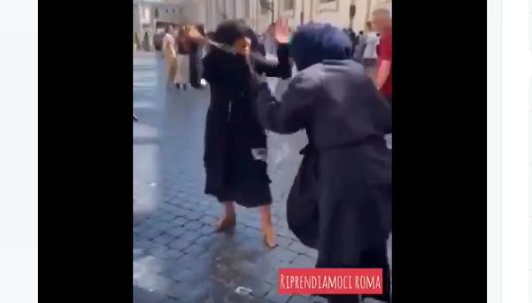 VIDEO NEDENFOR I ARTIKKELEN. (Skjermbilde/Twitter)